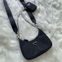 Luxurys Designers Sacs à bandoulière pour femmes Pochette de la poitrine Lady Tote Chaînes Sacs à main Presbyopic Purse Messenger Sac à dos Nylon Sac
