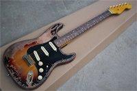 무료 배송 세인트 기타, 오래된 마호가니 바디의 고전 모조, 메이플 넥 로즈 우드 fretboard, SSS 옐로우 픽업, 왼쪽 다리, 골드 너트