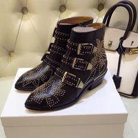 Новая марка роскошных женщин сапоги моды Заклепки натуральная кожа женщины золото шипованных ремень ботильоны низкий каблук гладиатор шипованные ботинки