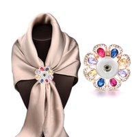 Kadınlar Takı Hediyesi İçin Yeni Değiştirilebilir 022 Rhinestone Çiçek Broş Fit 18mm Snap Düğme Eşarp Toka Eşarp Klipler