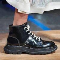 Британский Стиль Розовый Подошва обуви женщин Мода натуральная кожа черный белый платформы обувь Повседневная зима Мартин сапоги
