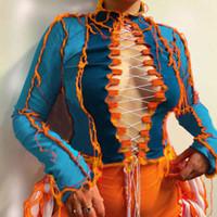 2020 새로운 여성 T 셔츠 중공 아웃 섹시한 톱 레이디 패션 대비 색 긴 소매 스트랩 슬림 T 셔츠 Bodycon 자르기 탑 가을 겨울