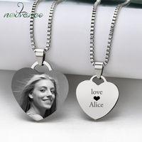 Nextvance personnalisés Colliers Gravez photo Nom Collier en acier inoxydable pendentif coeur bijoux collier chaîne pour les femmes ID Tag