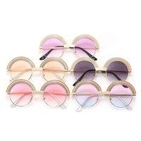 Enfants Rainbow Stripe Stripe Cadre Cadre Sunglasses Classic Style UV Protection UV Beach Lunettes de soleil Boys Garçons Afficher les lunettes de performance A3949