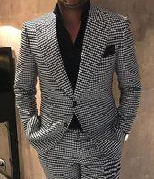 Houndstooth Groom Tuxedos Peak Lapel Men Wedding Tuxedo Fashion Men Jacket Blazer Men Prom Dinner Darty Suit(Jacket+Pants+Tie)
