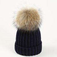 Nuevos niños de invierno para adultos gruesos Skullies cálidos beanies extraíbles desmontables naturaleza real gorros sombrero de pompones de piel de tejer