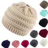 겨울 포니 테일 비니 36 색 구멍 테일 지저분한 소프트 롤빵 니트 모자 해골 신축성 겨울 신축성 니트 모자 OOA8500을 따뜻하게