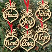 Madera nueva bombilla de Navidad Decoración hueco pequeño colgante del copo de nieve del caballo mecedora ángel de la estrella del amor del árbol árbol de Navidad 6pcs / lot D83105