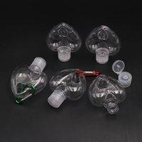 جديد شكل 50ML القلب المطهر من ناحية زجاجة مع حلقة رئيسية هوك زجاجة من البلاستيك الشفاف لإعادة الملء زجاجة السفر الرئيسية لهجات T2I51380