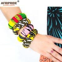 2021 Bracelets en bois d'impression africains pour femme Afrifride Bazin Richi 7cm large autour de bracelets en bois avec impression africaine A1928001