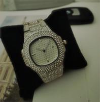 Disponibile Montre de luxe signore della vigilanza di marca Mens diamante pieno di moda si vestono Bracciale in oro orologio da polso nuovo modello donne orologi di marca
