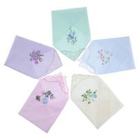 Corbatas del cuello 5pcs para mujer bordado de algodón floral pañuelos de algodón exquisito de encaje pañuelos regalo para la parte de la boda Día de la madre Ducha nupcial
