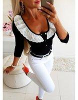 Кружева Дизайнер Tshirts Женщины Сплошной цвет сладкий Тонкий Тощий Кнопка с длинными рукавами Scoop Neck пуловер Футболки Мода женщин Топы рюшами