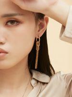 남성과 여성의 귀걸이 체인 술 소형 간단한 귀걸이 트렌드 쥬얼리 파티 결혼 선물 패션 18FW EddieHoops 비대칭 핀