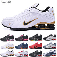 Nike Tn Plus Shox R4 Deliver Top qualidade Running Shoes Cor metálica ENTREGAR R4 Mens Chaussures OZ NZ 301 Sports Sneakers Black White Aumento Almofada Zapatillas HH789