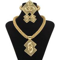 Vente en gros luxe nigérien femmes Bijoux de mariage Ensembles Big Chunky Colliers Boucles d'oreilles de mariée Dubaï Or Perles africaines Ensemble de bijoux Y200810