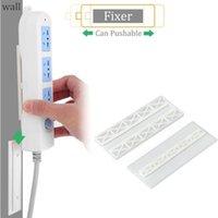 Yumruk Ücretsiz Fiş Sticker Tutucu Duvar Fixer Güç Şerit Sahipleri Depolama Prizleri Duvar Tutucu Raf Standı Tutucu Fiş Kanca