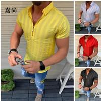 2020 hombres del verano T Shirts Moda Casual hawaiano raya de manga corta Beach Holiday floral Streetwear V-cuello de la cremallera camiseta