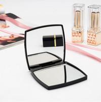 2020 جديد الكلاسيكية عالية الجودة الاكريليك قابلة للطي مرآة الجانب المزدوج / صدفي مرآة ماكياج الأسود المحمولة مع هدية مربع