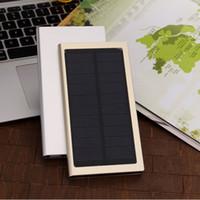 Ultra İnce Güneş Enerjisi Bankası 10000mAh Harici Pil Hızlı Şarj Çift USB Powerbank Taşınabilir Güneş Paneli ile LED el feneri