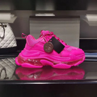 Pink Triple S designers Chaussures Chaussures Triple S Clear Soes Sounds Sneakers Luxe Casual Chaussures Décontractuelles Engine de plein air Top Randonnée Chaussures de randonnée en plein air