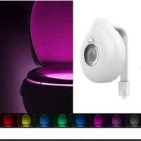 Hareket Aktif LED Tuvalet Gece Işığı Bowl Banyo 8 Colors LED Lamba Otomatik far Canlı Akıllıca Herhangi Toilet uyar