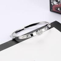 Diamante Bangle Carta Forma Bangle Top Quality Prata Banhado Bangle para Mulher Presente Moda Fonte de Jóias