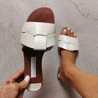 Sommer-Frauen-Sandalen Fashion Snake Skin Wilde Außen Frauen Slides Large Size Simple Light und Bequeme Damenschuhe Y200620