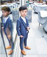 Boy Lattice Rosso Blu Grigio Abbigliamento abito da sposa Coat + Pants + Vest + Bow Tie Bambini Costume di scena performance Host Visualizza Boy Tute 90-140 T200819