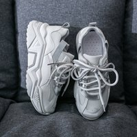 Blanc Chunky Chaussures Femmes 2020 Luxe Designers Chaussures Mode Vert Gris Jaune Chaussures Talons Plate-forme Femme Coincé Sneakers T200820