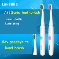 LANSUNG 2018 Battery Operated denti Spazzolino elettrico Oral Salute e Igiene prodotti non ricaricabile pennello blu o colore rosa