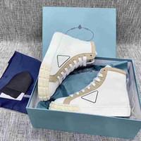 Donne S Bianco triangolare Logo Sneakers alte Schoenen formato 36-40 uomini 2020 Scarpe da tennis Mens Wonem Scarpe cesti de luxe pour femmes