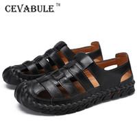 CEVABULE 2020 Homens de Moda de Verão Praia Shoes Tamanho Grande respirável Sandals Retro Mão-costurados Calçados masculinos Baotou CLK