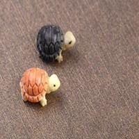 Черепаха Fairy Garden Миниатюрных Mini животного Tortoise смолы искусственного ремесла Бонсого украшение сада 2см 2 цвета Бесплатной доставка DHL