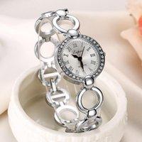 Preço Baixo Mulheres de relógios de luxo Top Marca de negócio do sexo feminino Cristal pulseira relógio Relógio de luxo Relógio de pulso Moda Rodada Quartz