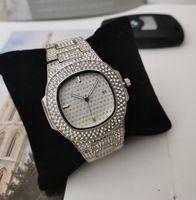 남성 여성 광장 석영 방수 시계 Relogio Masculino에 대한 주식 럭셔리 아이스 아웃 디자이너 시계 골드 다이아몬드 시계에서