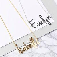 Art und Weise personifizierte Carrie Art-Name-Anhänger Halskette für Frauen Gold-Gewohnheit irgendein Namenskette Halsband Edelstahl-Schmuck-Geschenk Y200810
