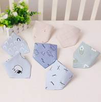 The newest 44X31CM size, printed dense border and enlarged triangle scarf, double cotton saliva towel, baby bib, baby towel, free shipping