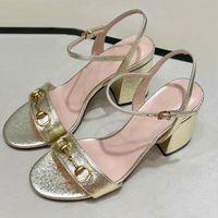Moda platformu sandalet tasarımcı yaz kadın ayakkabıları deri bayanlar yüksek topuklu platformu kadınların güzel düğün ayakkabıları büyük boy bütünlerin