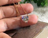 Galvanotechnik Rose Gold Weiß Mozanstone Liebe Simulation Diamant-Frauen-Ketten-hängende Halskette Weihnachtsgeschenk
