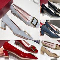 2020 أحذية الأعلى الموضة النسائية شقة اللباس مع المعادن مرحبا-Q لينة براءات الاختراع والجلود ساحة الإبزيم جلدية نعال مكتب الزفاف أحذية الزفاف