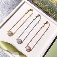 Venta de la nueva dama de la moda La joyería de latón llena de diamantes redondos oro 18k Pendientes Pulseras Conjuntos de 3 colores