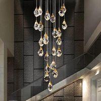 Медная лестница вела люстра освещает постмодернистской атмосфера роскоши свет кристалл кулон лампы дуплекса здание лобби винтовой лестницы