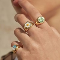 2020 New Small Daisy Tulip Enamel Metal Rings Fashion Clover Heart Butterfly Ring For Women Girls Party Jewelry Wholesale