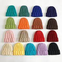 Kid cappelli lavorati a maglia di colore della caramella delle ragazze dei ragazzi di moda allentati lana lavorato a maglia i cappelli 17 colori bambini Inverno Beanie Caps DDA453
