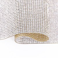 La cinta de cristal 20 * 24cm autoadhesivo de la etiqueta engomada del Rhinestone de la hoja con la goma Palos de diamante para bricolaje Decoraciones de coches casos de teléfono Copas KKA1768
