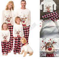 Familie Weihnachten Pyjamas 2pcs / set mit Fleece-Futter Blusen-T-Shirt Plaid-Hosen-Hose Passenden Anzug INS Weihnachten Elk Drucke Cartoon Nachtwäsche D91608