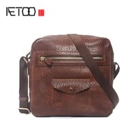 AETOO Mens shoulder bag head leather trend casual bag vintage handmade business stiletto bag