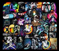 Pegatinas de automóviles calientes Espacio astronauta DIY Pegatina para carteles Graffiti Skateboard Snowboard Portátil Portátil Motocicleta Motocicleta Bicicleta Casa Calcomanía