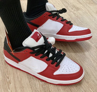 High SB Dunk SP Low Pro Chicago Skateboarding Shoes Varsity Red White leather Running Shoes Men Sneakers With Box BQ6817-600